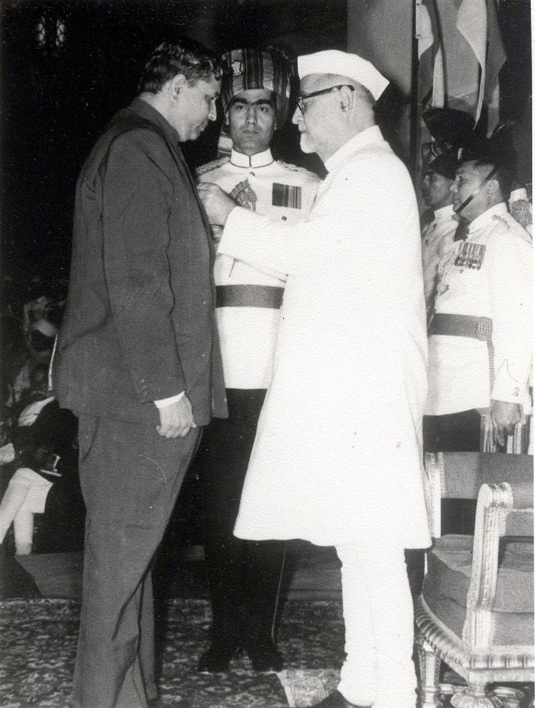 P.L. Bhatnagar receiving the Padma Bhushan from President Zakir Hussain in 1968. courtesy Phoolan Prasad/Indian Mathematical Society