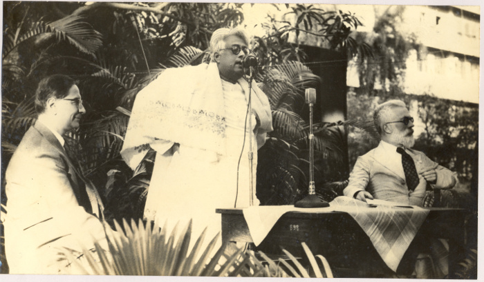 Mahalanobis with S.N. Bose and R.A. Fisher S.N. Bose Archive
