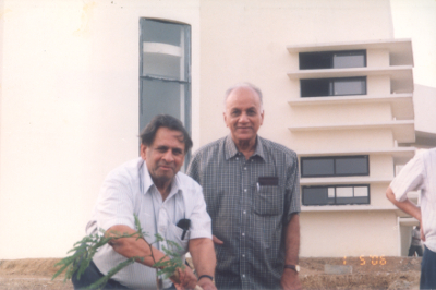 Shreeram Abhyankar planting a tree in the present CMI Campus in Siruseri during its inaugural function in 2006 courtesy C.S. Seshadri