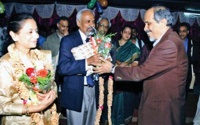 With his guru, Roddam Narasimha, in 2008 courtesy K.R.Sreenivasan